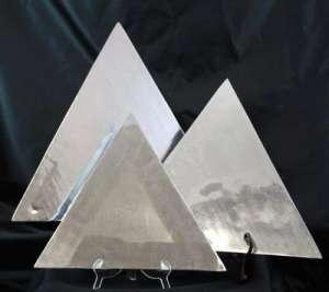 Aluminum, Triangle, 18″