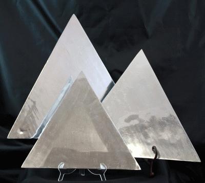 Aluminum, Triangle, 14″