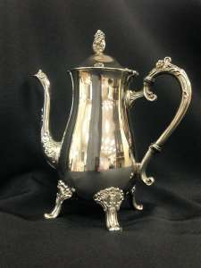 Silver Coffee / Tea Pot, 6 Cup