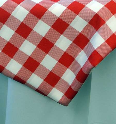 Red & White Gingham 90″ Round Poly
